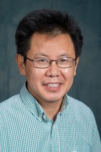 Tongxin Zhu