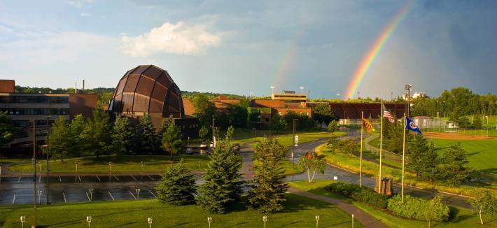 Web Music Hall with rainbow