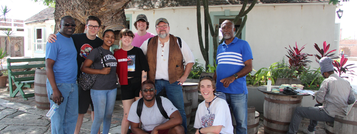 Group picture of students abroad in Jamaica during winter 2019.